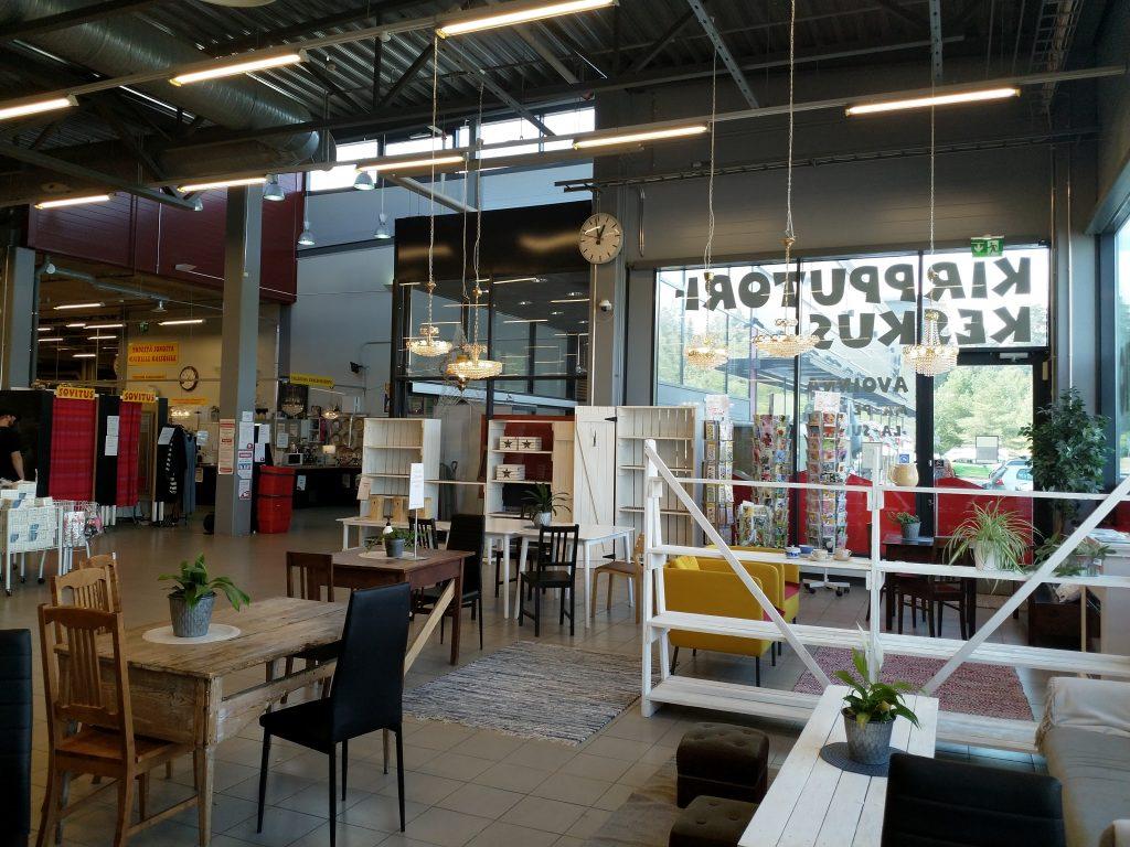 Pirkan kirpputorikeskus kahvio